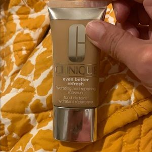 Clinique Even Better Refresh Hydrating and Repair